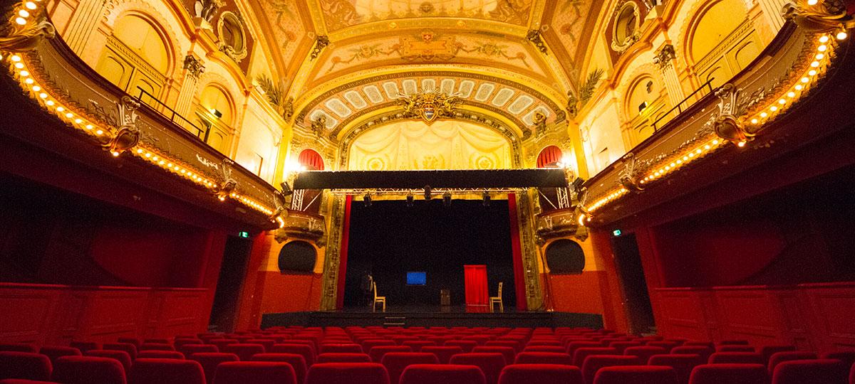 Calendrier Evian.Theatre Du Casino A Evian Maison Des Arts Du Leman